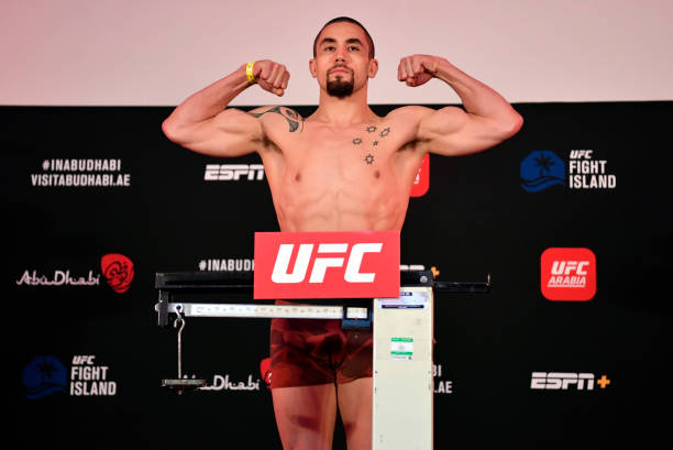 ARE: UFC Fight Night: Whitaker v Till Weigh-in