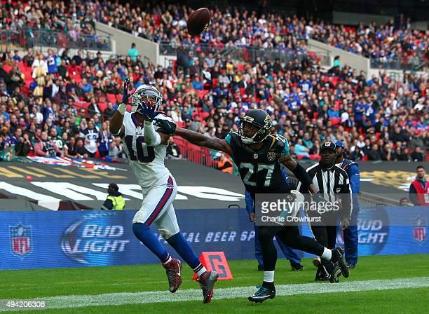 Robert Woods of Buffalo Bills scores a touchdown during the NFL match between Jacksonville Jaguars and Buffalo Bills at Wembley Stadium on October...