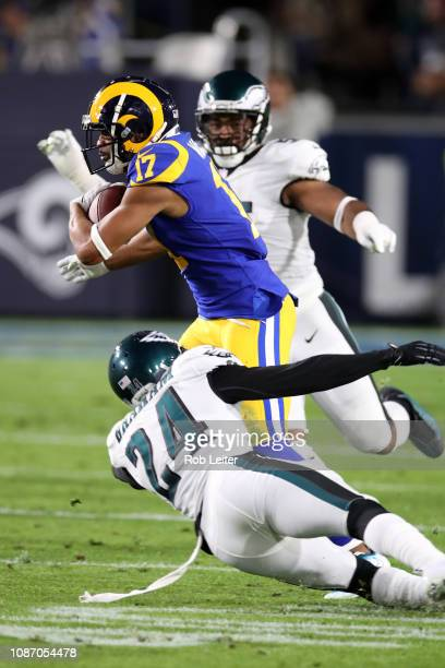 6369a9c09 Robert Woods of the Los Angeles Rams runs with the ball during the game  against the