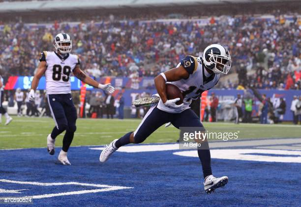 Robert Woods of the Los Angeles Rams scores a touchdown against the New York Giants in the second quarter during their game at MetLife Stadium on...