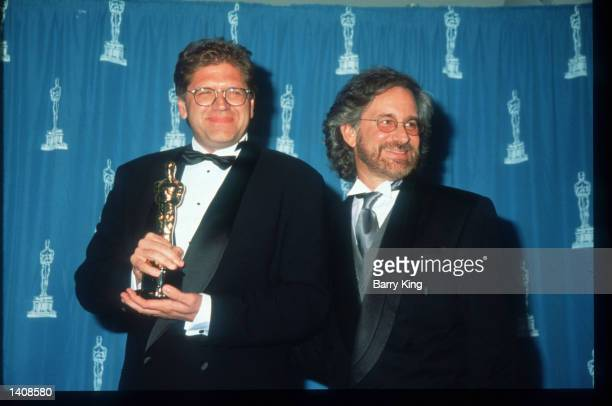 Robert Zemeckis and Steven Spielberg attend the 67th Annual Academy Awards ceremony March 27 1995 in Los Angeles CA This year''s ceremony recognizes...