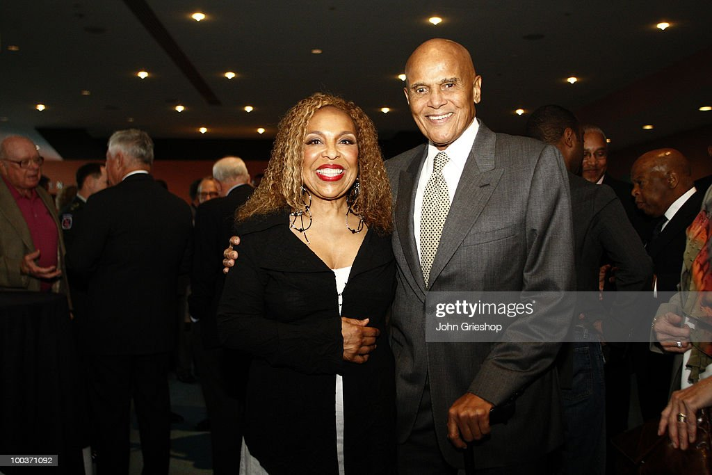 Roberta Flack and Harry Belafonte pose for a picture before the MLB Beacon Awards Luncheon on Saturday, May 15, 2010, at the Duke Energy Center in Cincinnati, Ohio.