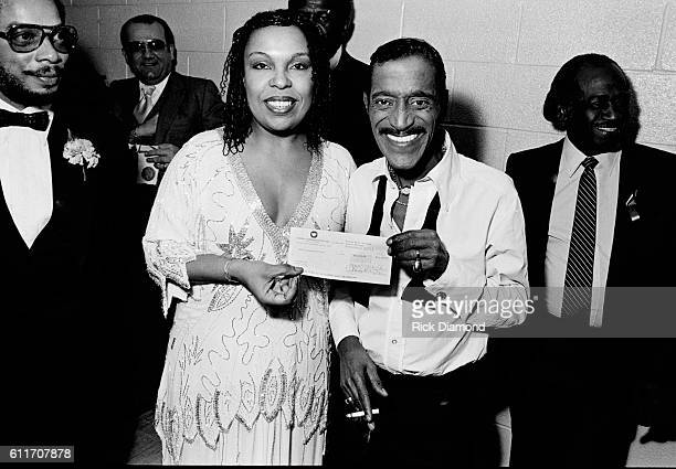 Roberta Flack and Sammy Davis Jr backstage during the Atlanta Missing and Murdered Child Benefit at Civic Center in Atlanta Ga on March 10 1981