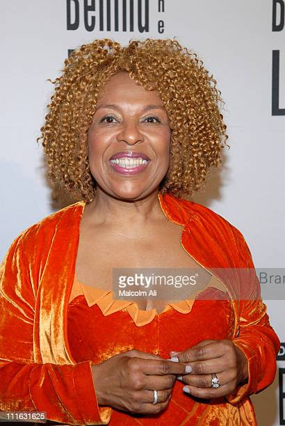 Roberta Flack during DAIMLERCHRYSLER Celebrates Fifth Anniversary of BEHIND THE LENS Award at Beverly Hilton in Beverly Hills CA United States