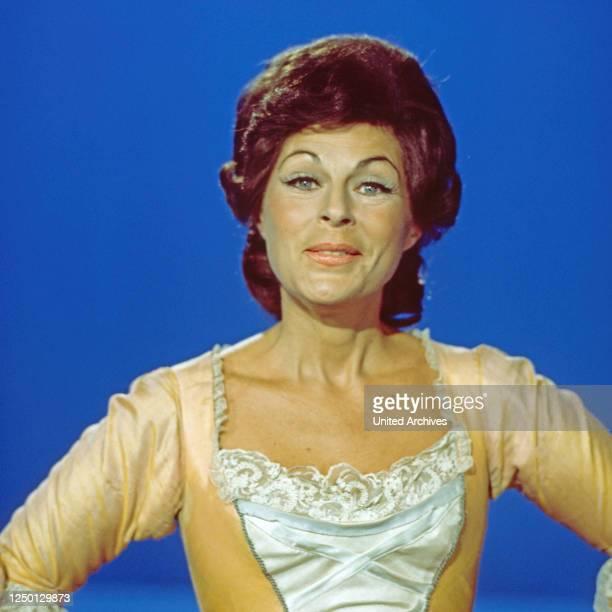 """Roberta Peters, amerikanische Opernsängerin, zu Gast in der Musiksendung """"Schöne Stimmen"""", Deutschland 1978."""
