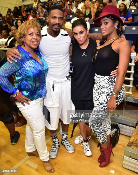 Roberta Shields Stevie J Laura Govan Joseline Hernandez attends the LUDA vs YMCMB celebrity basketball game at Georgia State University Sports Arena...