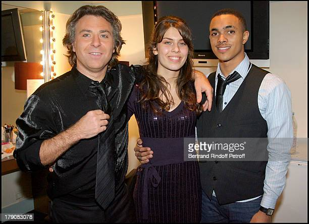 "Roberto Alagna, his daughter Ornella and guest at ""Sicilien"" - Tenor Roberto Alagna Performs Traditional Sicilian Songs At L'Olympia."