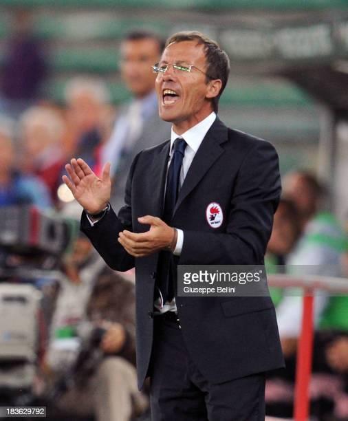 Roberto Alberto Mazzaferro head coach of Bari during the Serie B match between AS Bari and US Citta di Palermo at Stadio San Nicola on September 24...