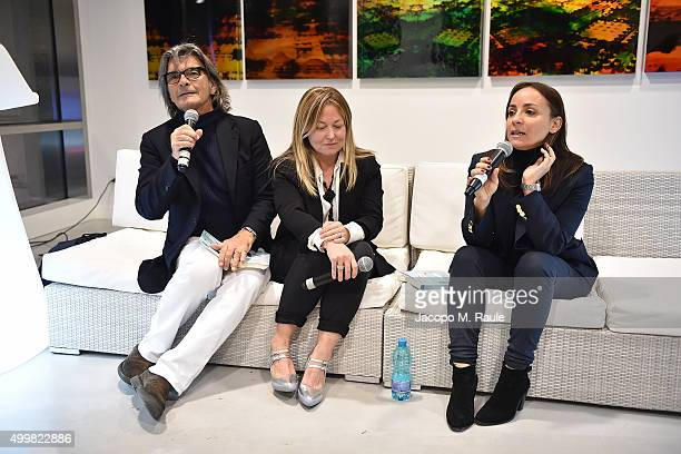 Roberto Alessi Barbara Fabbroni and Camila Raznovich attend the book presentation of 'L'AMORE FORSE' by Barbara Fabbroni on December 3 2015 at the...