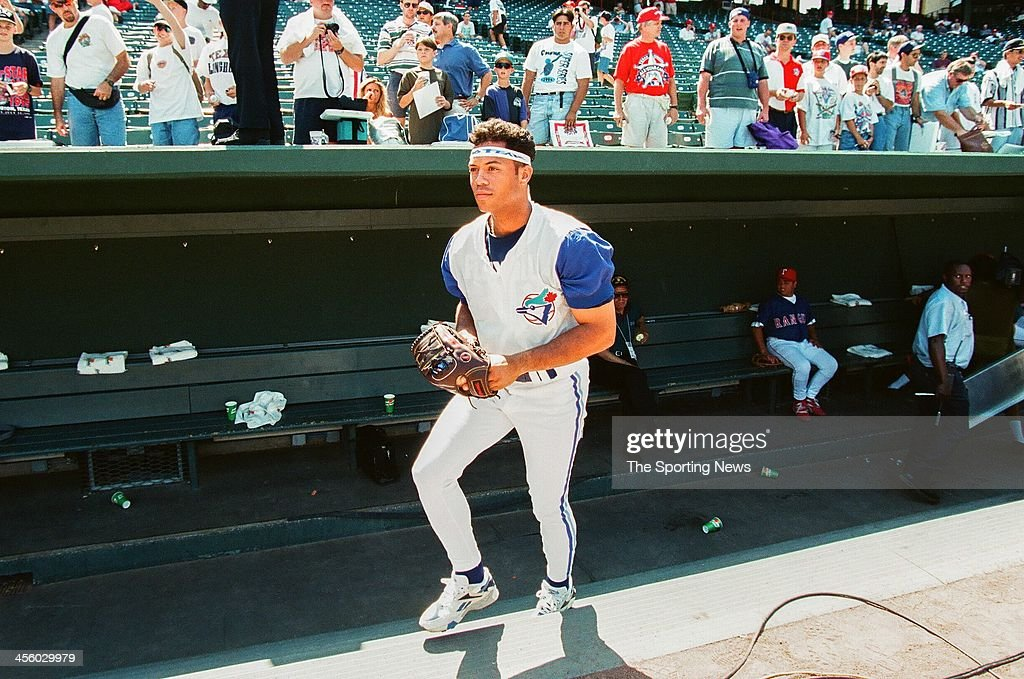 Roberto Alomar of the Toronto Blue Jays during the 1995 All Star Weekend on July 10, 1995 at The Ballpark at Arlington in Arlington, Texas.