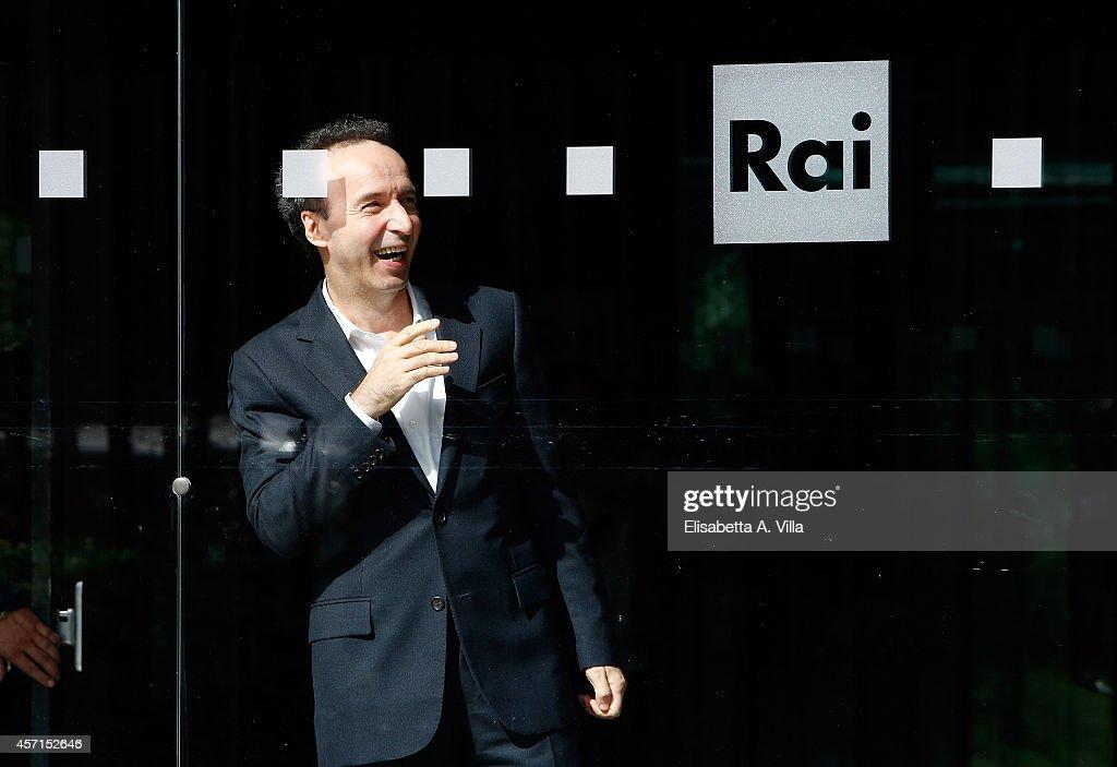 Roberto Benigni attends a photocall at RAI Viale Mazzini on October 13, 2014 in Rome, Italy.