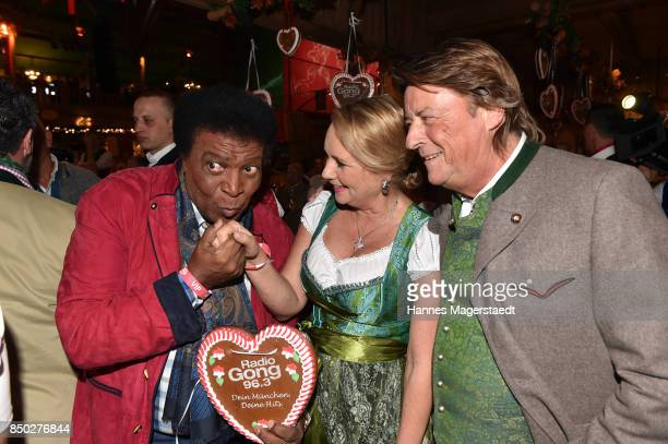 Roberto Blanco Martina Dingler and Georg Dingler attend the Radio Gong 963 Wiesn during the Oktoberfest 2017 on September 20 2017 in Munich Germany