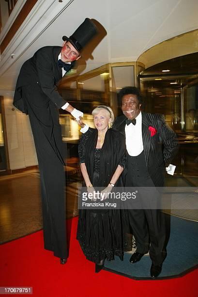 Roberto Blanco Und Ehefrau Mireille Bei Nacht Der Generationen Im Bayerischen Hof