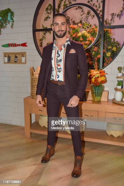 Roberto Carlo poses for photos during the Red Carpet of 'Sale El Sol' third anniversary party on November 11 2019 in Mexico City Mexico