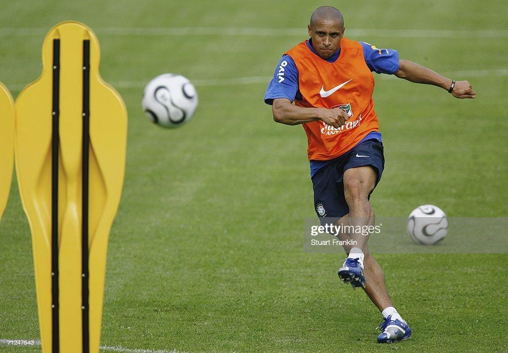 Brazil Training - FIFA World Cup 2006 : News Photo