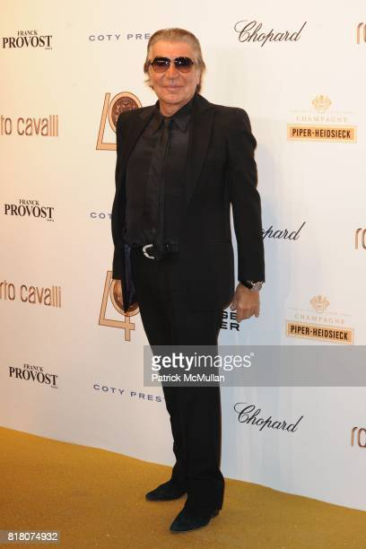 Roberto Cavalli attends ROBERTO CAVALLI 40th Anniversary Event CONTACT SIPA PRESS FOR SALES at Les BeauxArts de Paris on September 29 2010 in Paris...