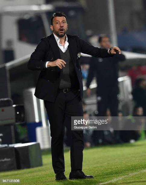 Roberto D'Aversa head coach of Parma Calcio during the match between Ascoli Picchio and Parma Calcio at Stadio Cino e Lillo Del Duca on April 16 2018...