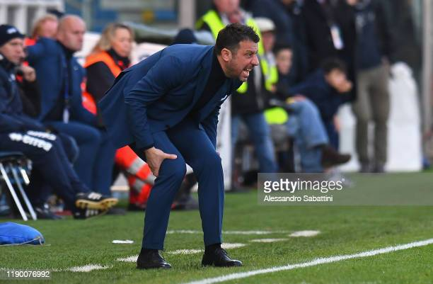 Roberto D'Aversa head coach of Parma Calcio issues instructions to his players during the Serie A match between Parma Calcio and Brescia Calcio at...