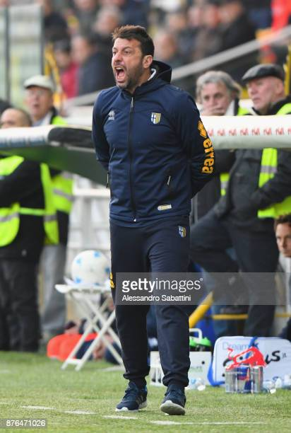 Roberto D'Aversa head coach of Parma Calcio reacts during the Serie B match between Parma Calcio and Ascoli Picchio at Stadio Ennio Tardini on...
