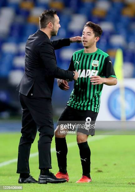 Roberto De Zerbi Head Coach of US Sassuolo ,greets Maxime Lopez after scoring his goal ,during the Serie A match between SSC Napoli and US Sassuolo...