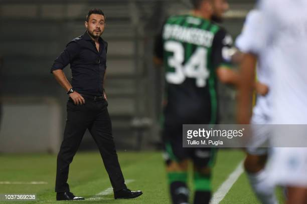 Roberto De Zerbi of Sassuolo looks on during the serie A match between US Sassuolo and Empoli at Mapei Stadium Citta' del Tricolore on September 23...