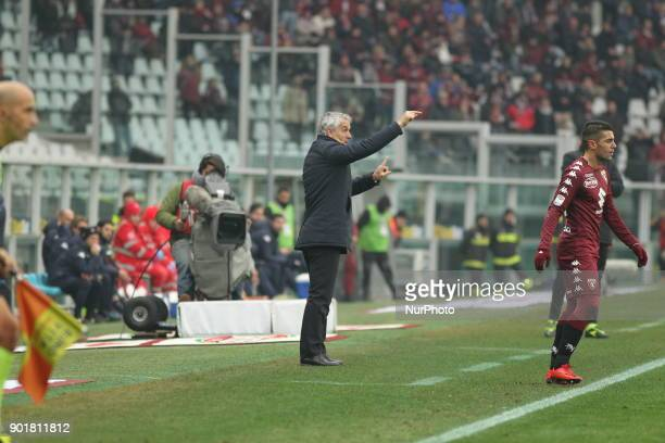 Roberto Donadoni head coach Bologna FC during the Serie A football match between Torino FC and Bologna FC at Olympic Grande Torino Stadium on 06...