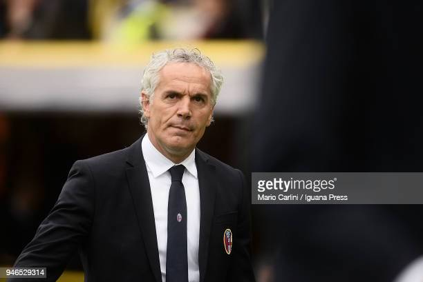 Roberto Donadoni head coach of Bologna FC looks on at the end of the serie A match between Bologna FC and Hellas Verona FC at Stadio Renato Dall'Ara...