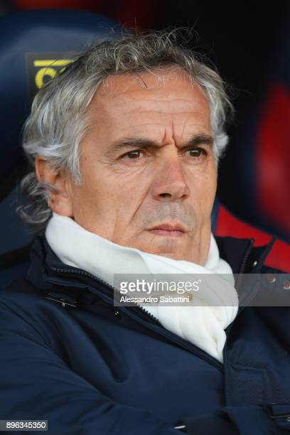 Roberto Donadoni head coach of Bologna Fc looks on before the Serie A match between Bologna FC and Juventus at Stadio Renato Dall'Ara on December 17...