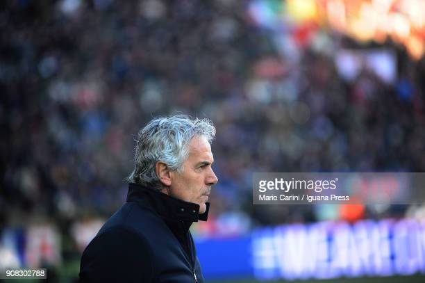 Roberto Donadoni head coach of Bologna FC looks on during the serie A match between Bologna FC and Benevento Calcio at Stadio Renato Dall'Ara on...