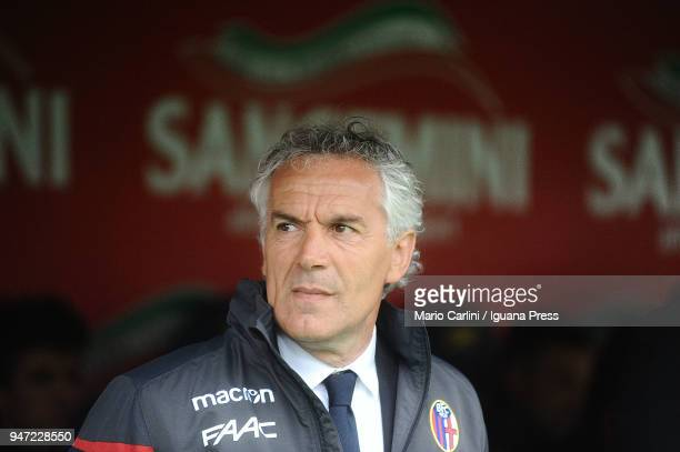 Roberto Donadoni head coach of Bologna FC looks on prior the beginning of the serie A match between Bologna FC and Hellas Verona FC at Stadio Renato...