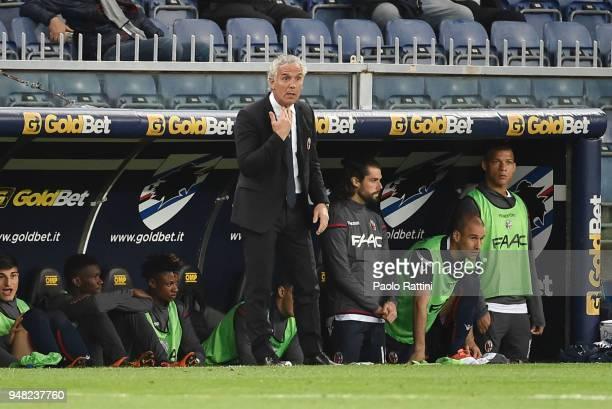 Roberto Donadoni head coach of Bologna gesture during the serie A match between UC Sampdoria and Bologna FC at Stadio Luigi Ferraris on April 18 2018...