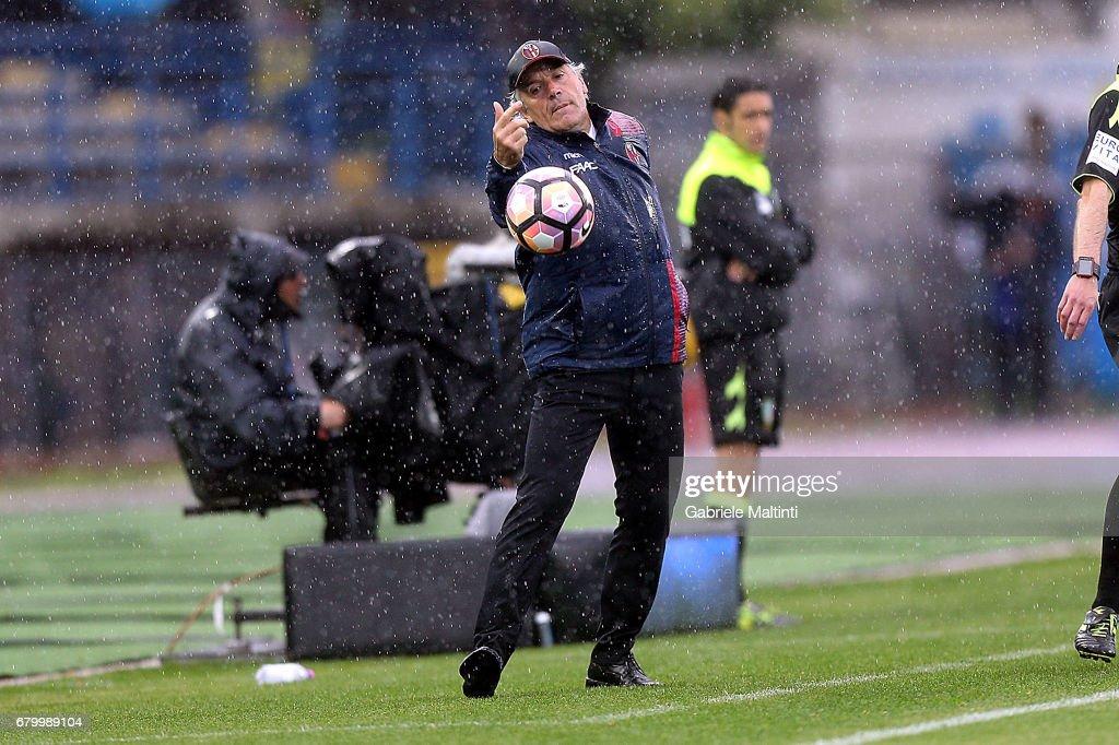 Empoli FC v Bologna FC - Serie A : Foto di attualità