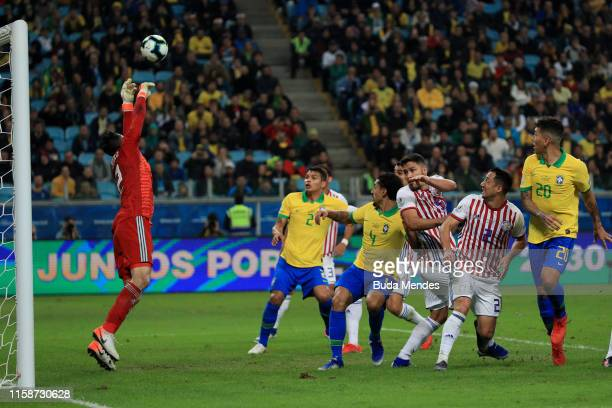 Roberto Fernandez of Paraguay makes a save during the Copa America Brazil 2019 quarterfinal match between Brazil and Paraguay at Arena do Gremio on...