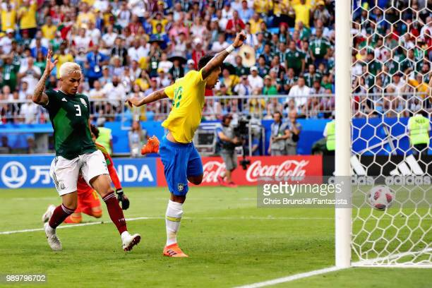 Roberto Firmino of Brazil scores his sides second goal during the 2018 FIFA World Cup Russia Round of 16 match between Brazil and Mexico at Samara...