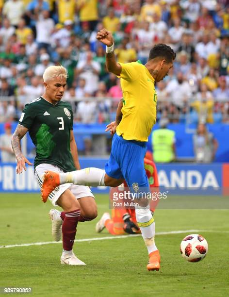Roberto Firmino of Brazil scores his team's second goal during the 2018 FIFA World Cup Russia Round of 16 match between Brazil and Mexico at Samara...