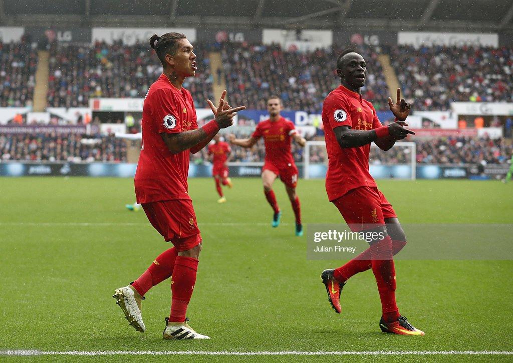 Swansea City v Liverpool - Premier League : ニュース写真