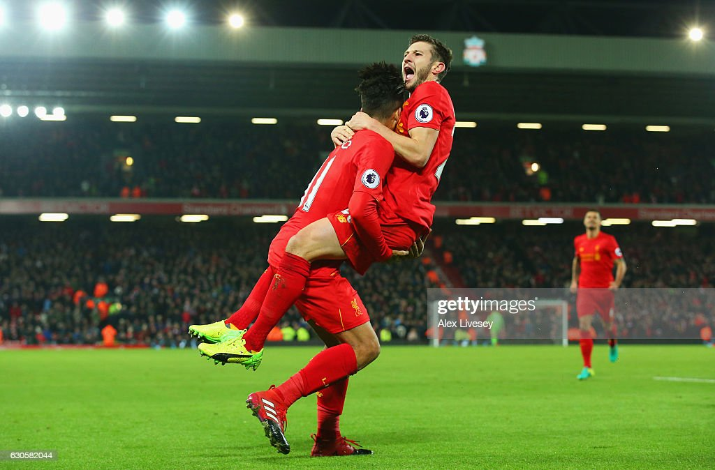 Liverpool v Stoke City - Premier League : Nachrichtenfoto