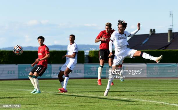 Roberto Firmino of Liverpool comes close to scoring during the Pre Season match between Liverpool and Bologna on August 05, 2021 in Evian-les-Bains,...