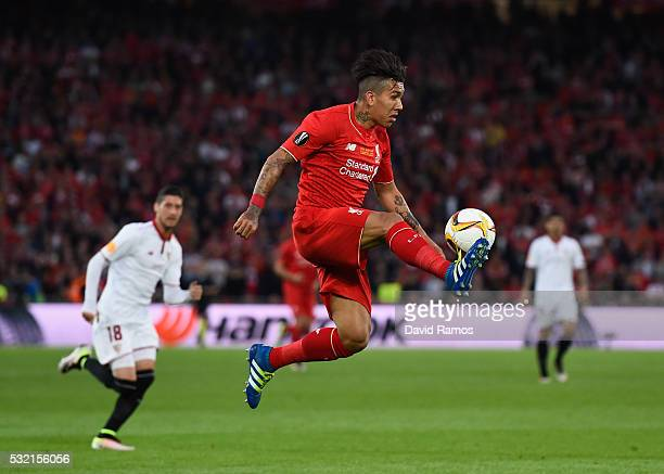 Roberto Firmino of Liverpool controls the ball during the UEFA Europa League Final match between Liverpool and Sevilla at St JakobPark on May 18 2016...