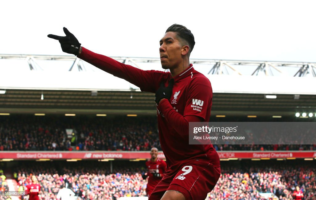 Liverpool FC v Burnley FC - Premier League : News Photo