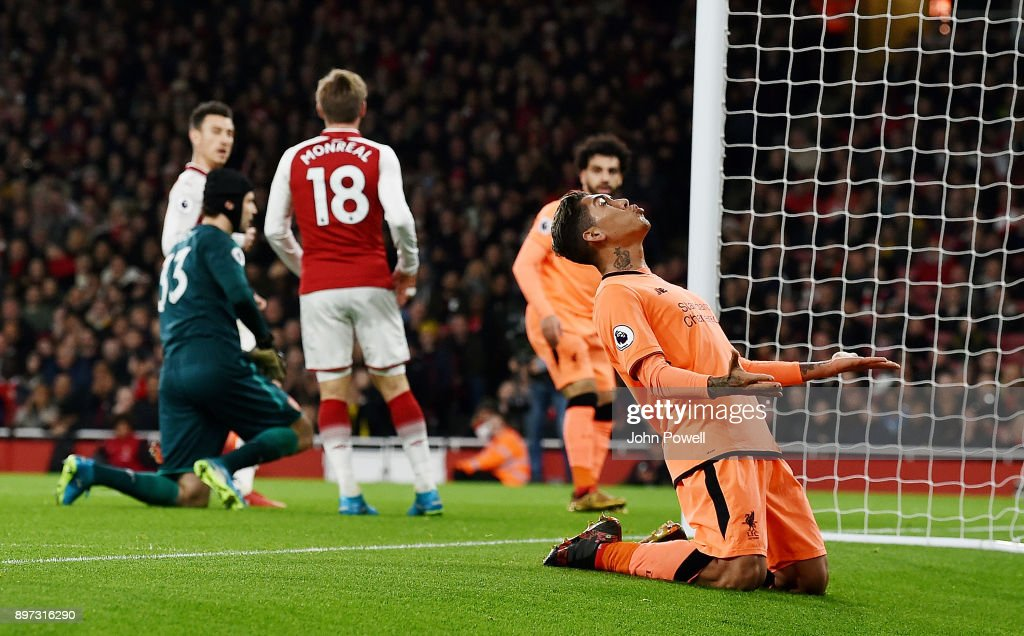 https://media.gettyimages.com/photos/roberto-firmino-of-liverpool-goes-close-infront-of-goal-during-the-picture-id897316290?k=6&m=897316290&s=594x594&w=0&h=A8ZLV8UWA_qOAfMGgxe54cBakEfxSB6h3DofMsyQIAA=