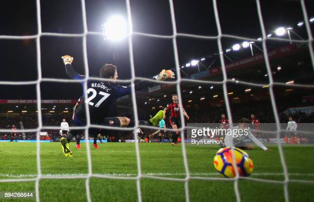 Roberto Firmino of Liverpool scores his sides fourth goal during the Premier League match between AFC Bournemouth and Liverpool at Vitality Stadium...
