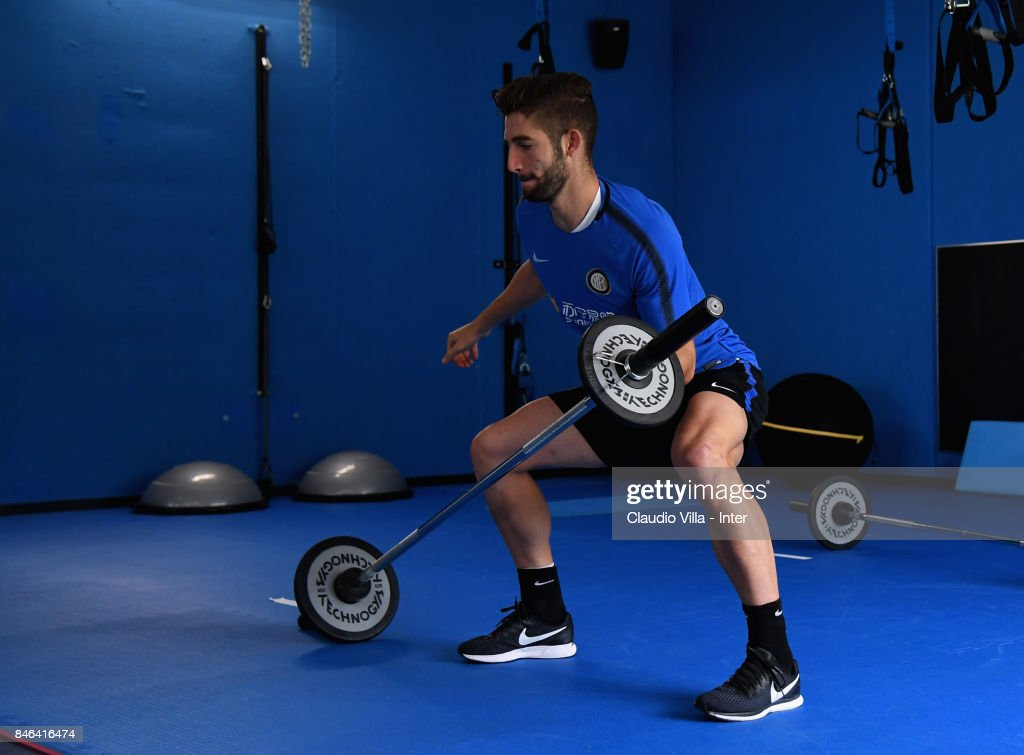 Roberto Gagliardini of FC Internazionale in action during a training session at Suning Training Center at Appiano Gentile on September 13, 2017 in Como, Italy.