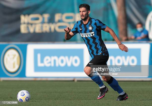 Roberto Gagliardini of FC Internazionale in action during the PreSeason Friendly match between FC Internazionale and Lugano at the club's training...