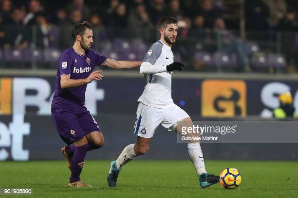 Roberto Gagliardini of FC Internazionale in action during the serie A match between ACF Fiorentina and FC Internazionale at Stadio Artemio Franchi on...