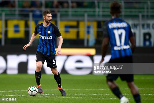 Roberto Gagliardini of FC Internazionale in action during the Serie A football match between FC Internazionale and Cagliari Calcio FC Internazionale...