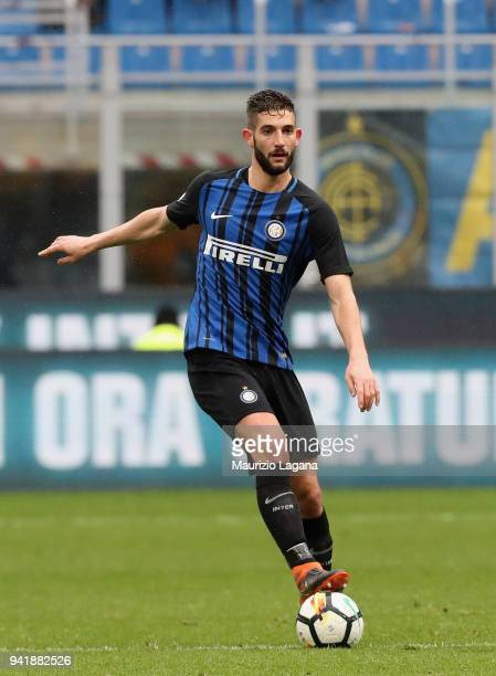 Roberto Gagliardini of Inter during the serie A match between FC Internazionale and Hellas Verona FC at Stadio Giuseppe Meazza on March 31 2018 in...