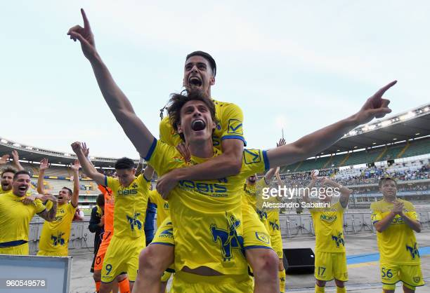 Roberto Inglese and Fabio De Paoli AC Chievo Verona celebrate the victory after the serie A match between AC Chievo Verona and Benevento Calcio at...
