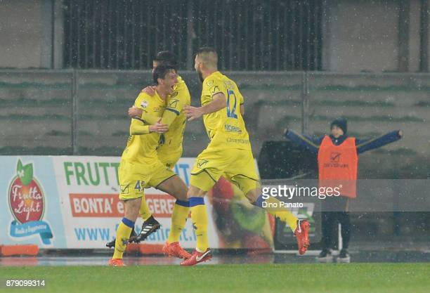 Roberto Inglese of Chievo Verona celenrates after scoring his teams second goal during the Serie A match between AC Chievo Verona and Spal at Stadio...