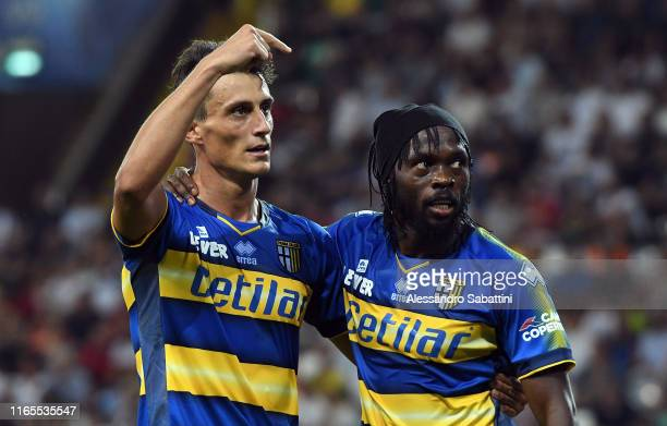 Roberto Inglese of Parma Calcio celebrates after scoring his team third goal during the Serie A match between Udinese Calcio and Parma Calcio at...